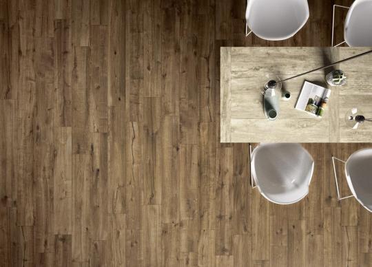 Woodtale imitující dubovou podlahu <a href='http://www.loskachlos.cz/shop/file/1897/'>Woodtale</a>