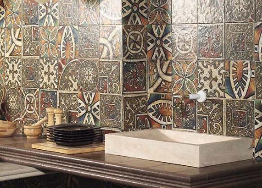 Obklady do kuchyně Bologia inspirované středověkým uměním. 4 základní barvy, přes 20 dekorů <a href='http://www.loskachlos.cz/shop/file/1650/'>Bolonia</a>